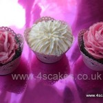 3 cup cakes